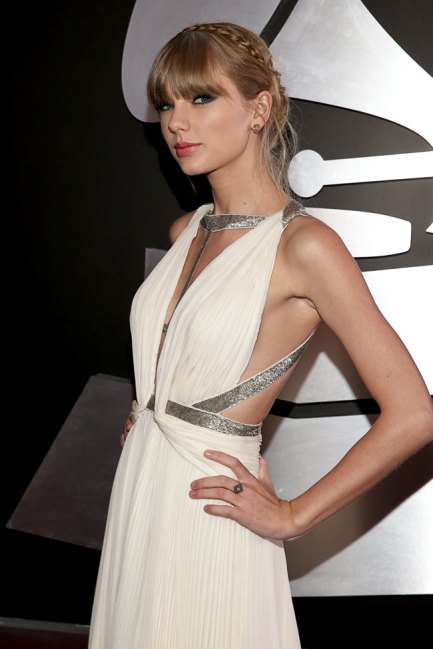 Swift - 55th Grammys via Blogs & Addicts